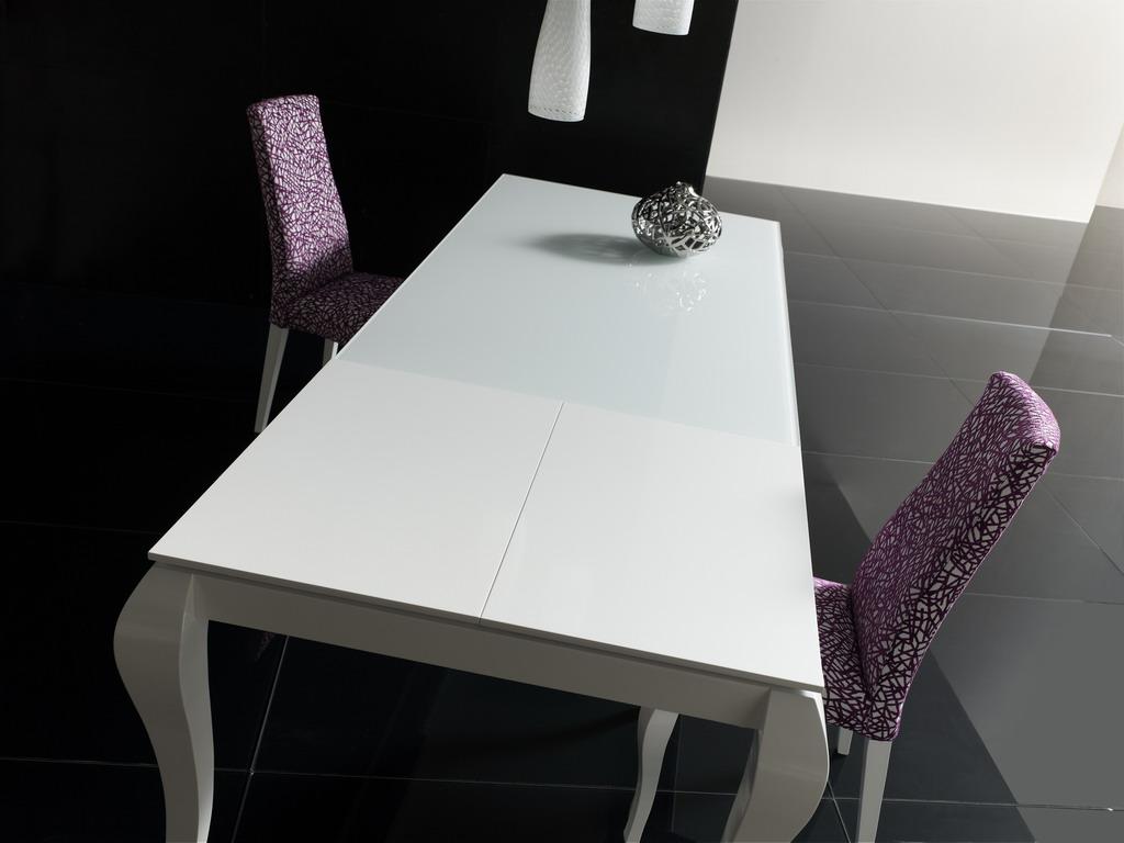 Tienda de muebles Vallejo mesas y sillas en alava la rioja navarra oyon logroño 4